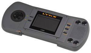Atari-Lynx-I-Handheld